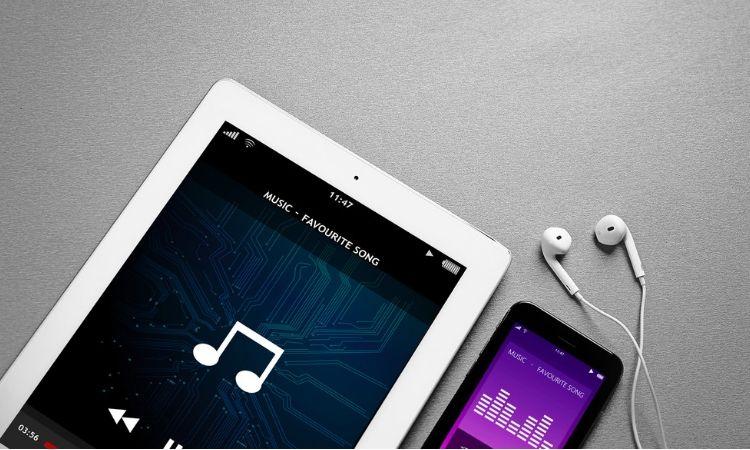 La edad de oro del podcasting: 90 millones de estadounidenses escuchan podcasts habitualmente