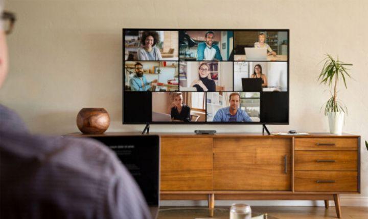 Facebook potencia Workplace con las videollamadas de Rooms, subtítulos automáticos e integración con Portal