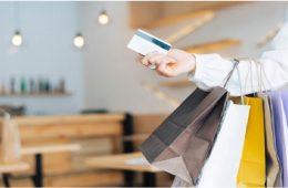 mujer compra después del CyberDay 2020